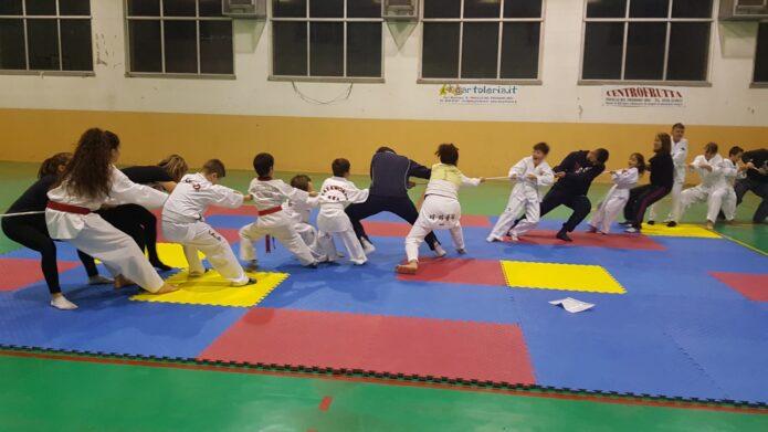 Mamma e papà – Allenamento all'A. S. D. Taekwondo Lupi